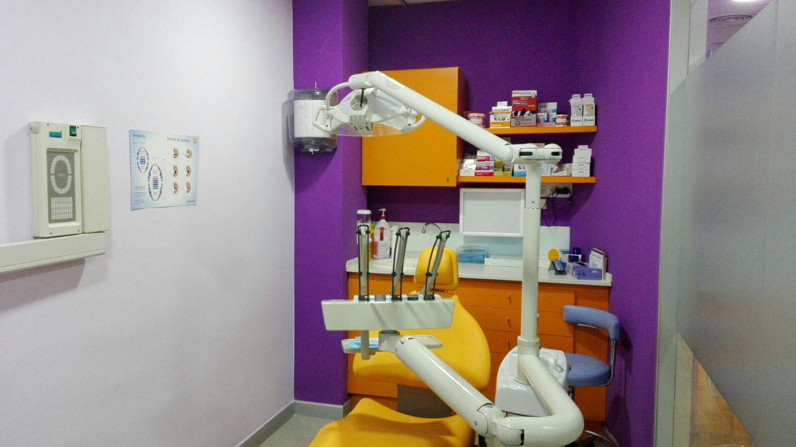 cabina dental dientes